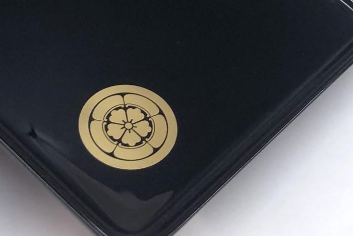 家紋入り切手盆(越前塗)【別誂】家紋「五瓜に唐花」